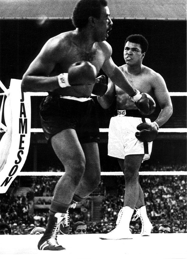 """Ali versus Al """"Blue"""" Lewis 1972"""